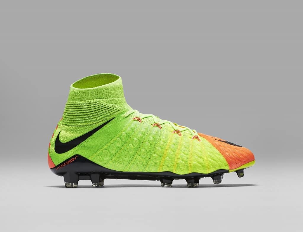 chaussures-football-Nike-Hypervenom-Phantom-III-DF-img11 (1024x784)