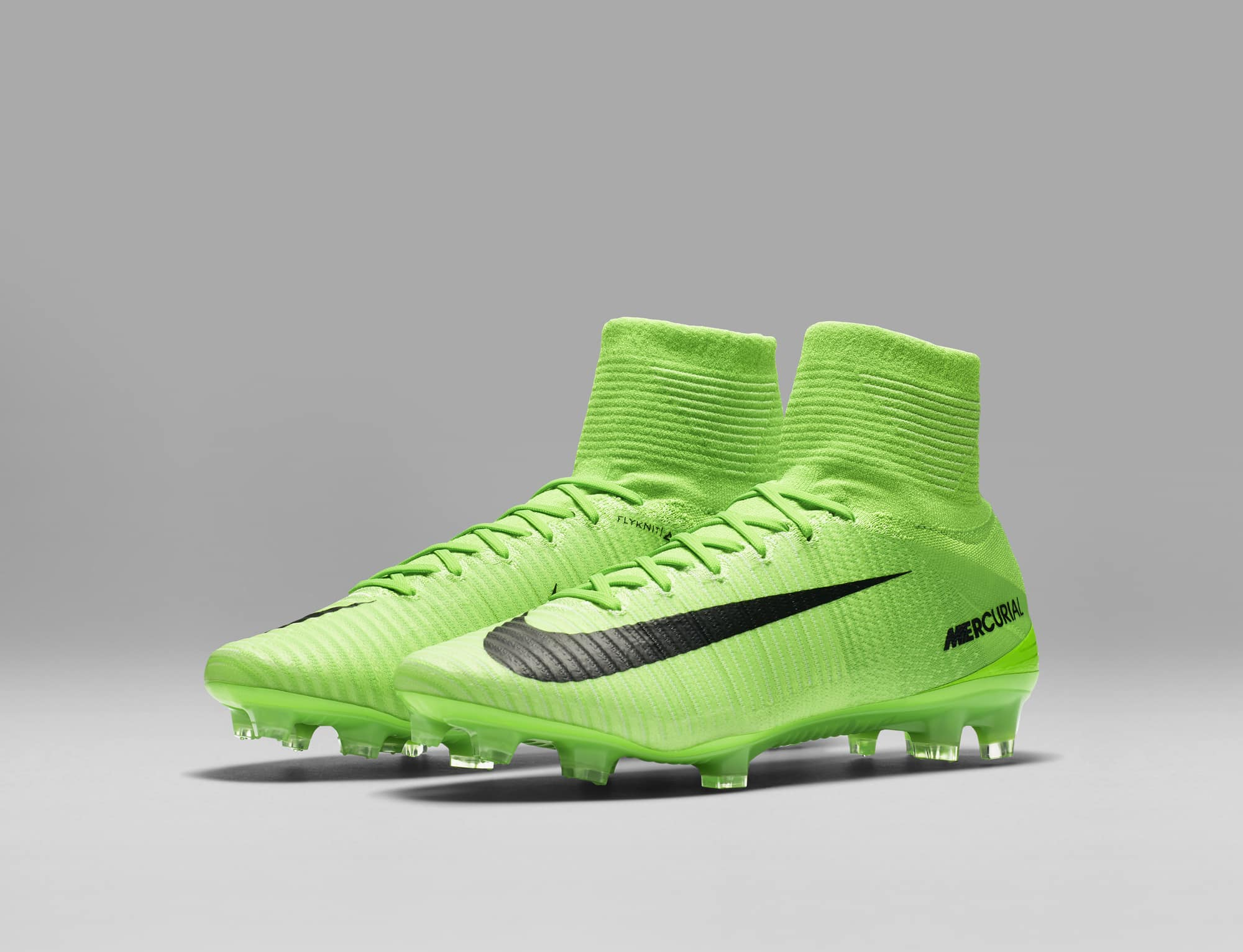 chaussures-football-Nike-Mercurial-Superfly-V-Men-Radiation-Flare-img4