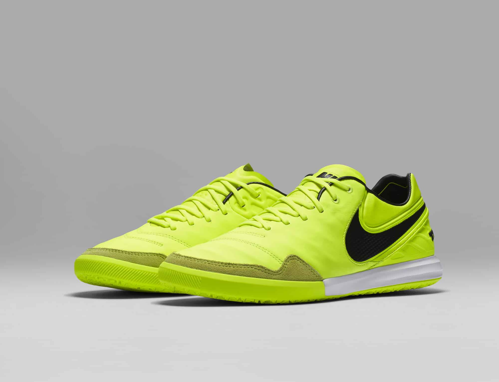 chaussures-football-Nike-TiempoX-Men-Radiation-Flare-img1