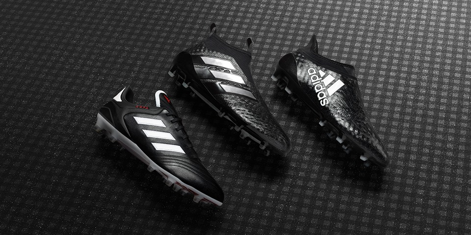 http://www.footpack.fr/wp-content/uploads/2017/01/chaussures-football-adidas-chequered-Black-Pack.jpg