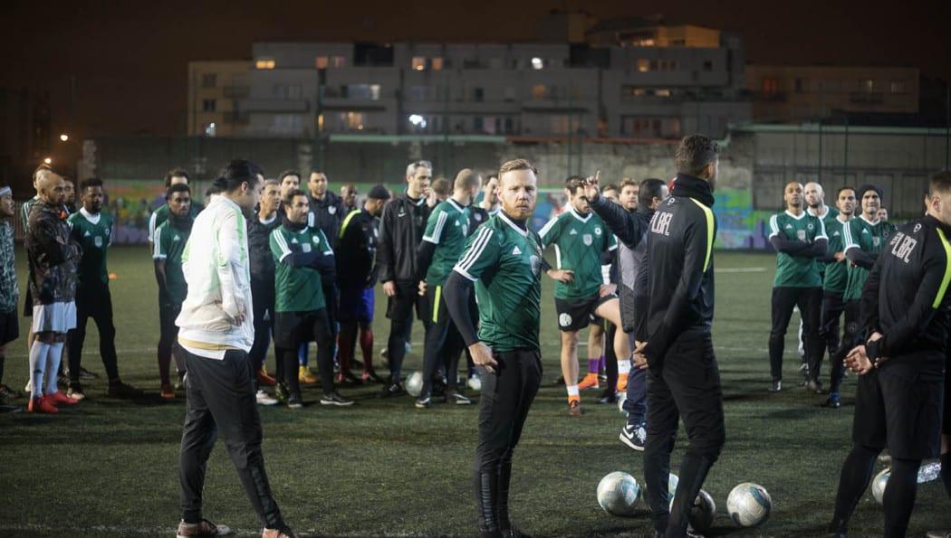 http://www.footpack.fr/wp-content/uploads/2017/02/Le-Ballon-Football-League-saison-3-img6-1050x595.jpg