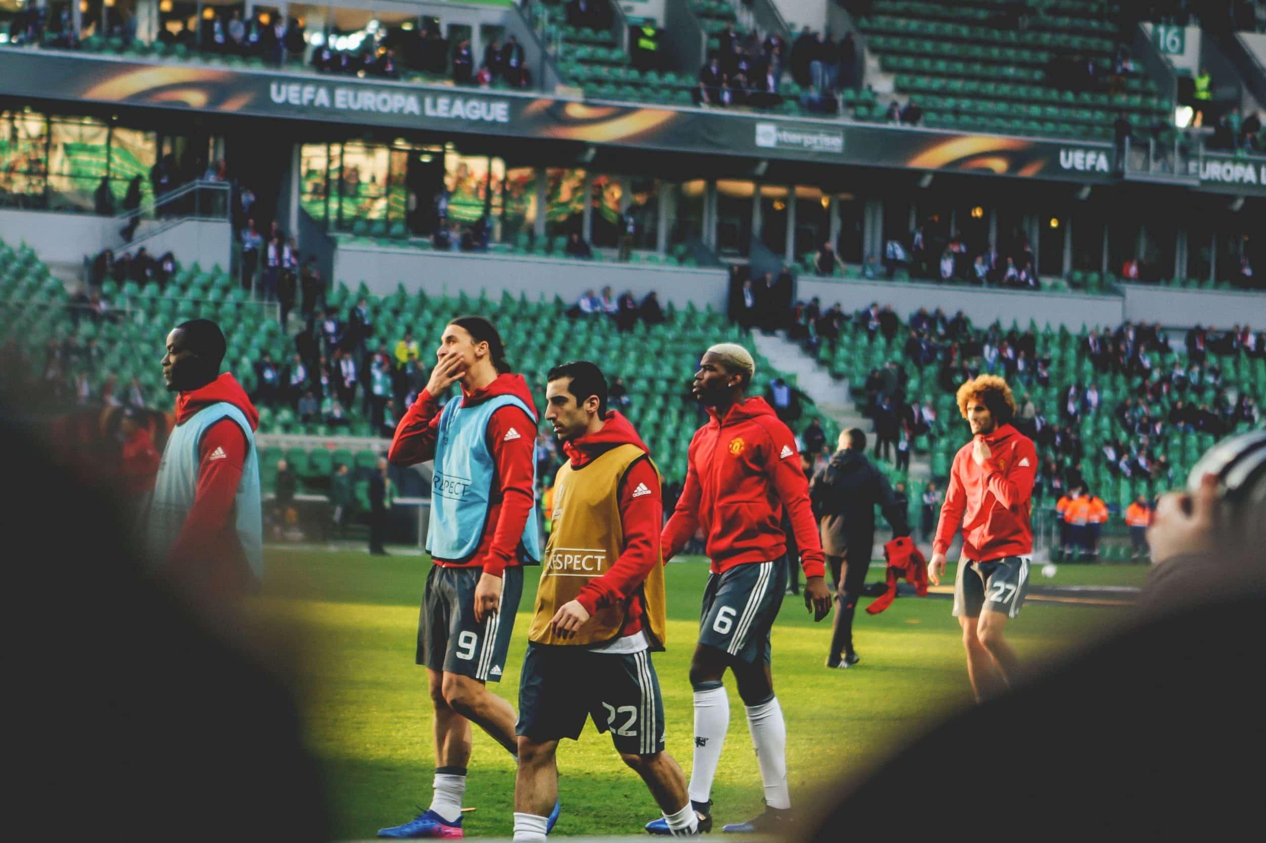 au-stade-geoffroy-guichard-asse-manchester-united-europa-league-15-min