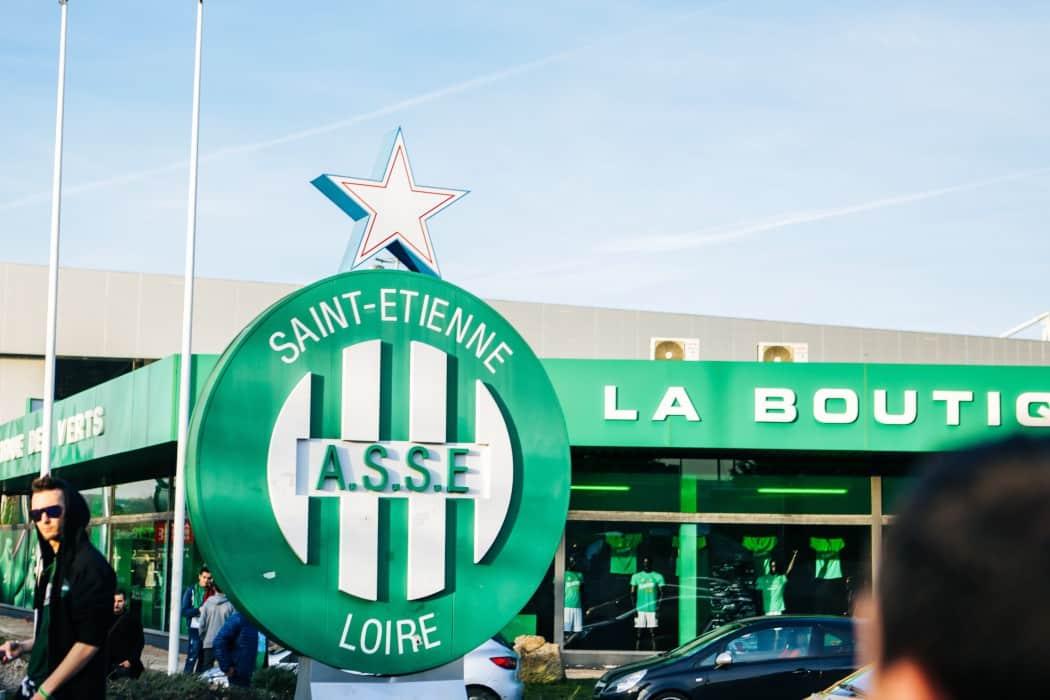 http://www.footpack.fr/wp-content/uploads/2017/02/au-stade-geoffroy-guichard-asse-manchester-united-europa-league-18-min-1050x700.jpg