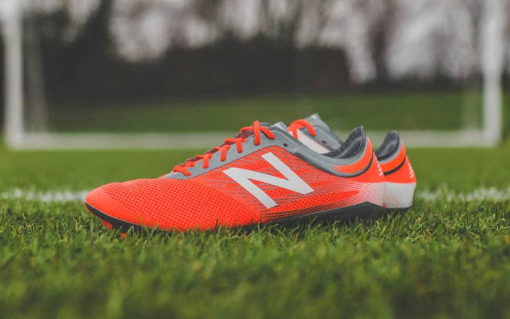 http://www.footpack.fr/wp-content/uploads/2017/02/chaussure-football-new-balance-furon-2-rouge-gris-3.jpg