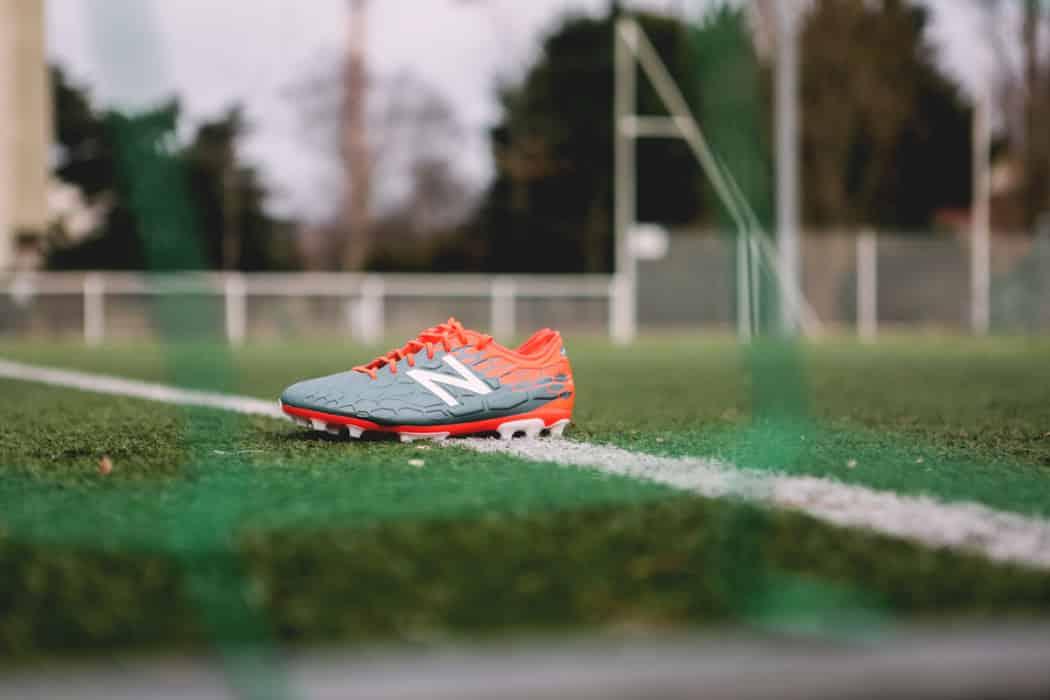 http://www.footpack.fr/wp-content/uploads/2017/02/chaussures-football-New-Balance-Visaro-2-Typhon-img111-1050x700.jpg