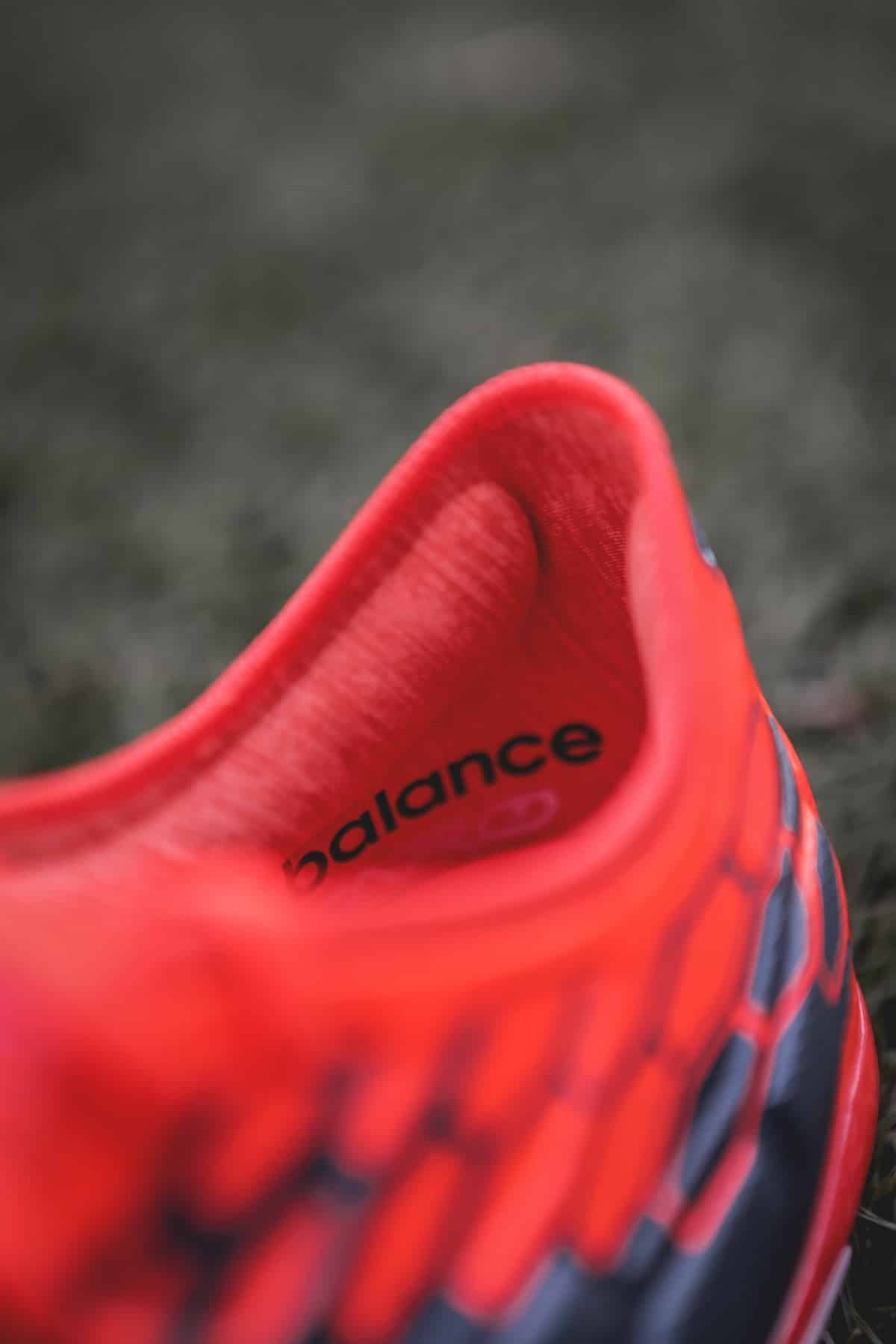 chaussures-football-New-Balance-Visaro-2-Typhon-img7
