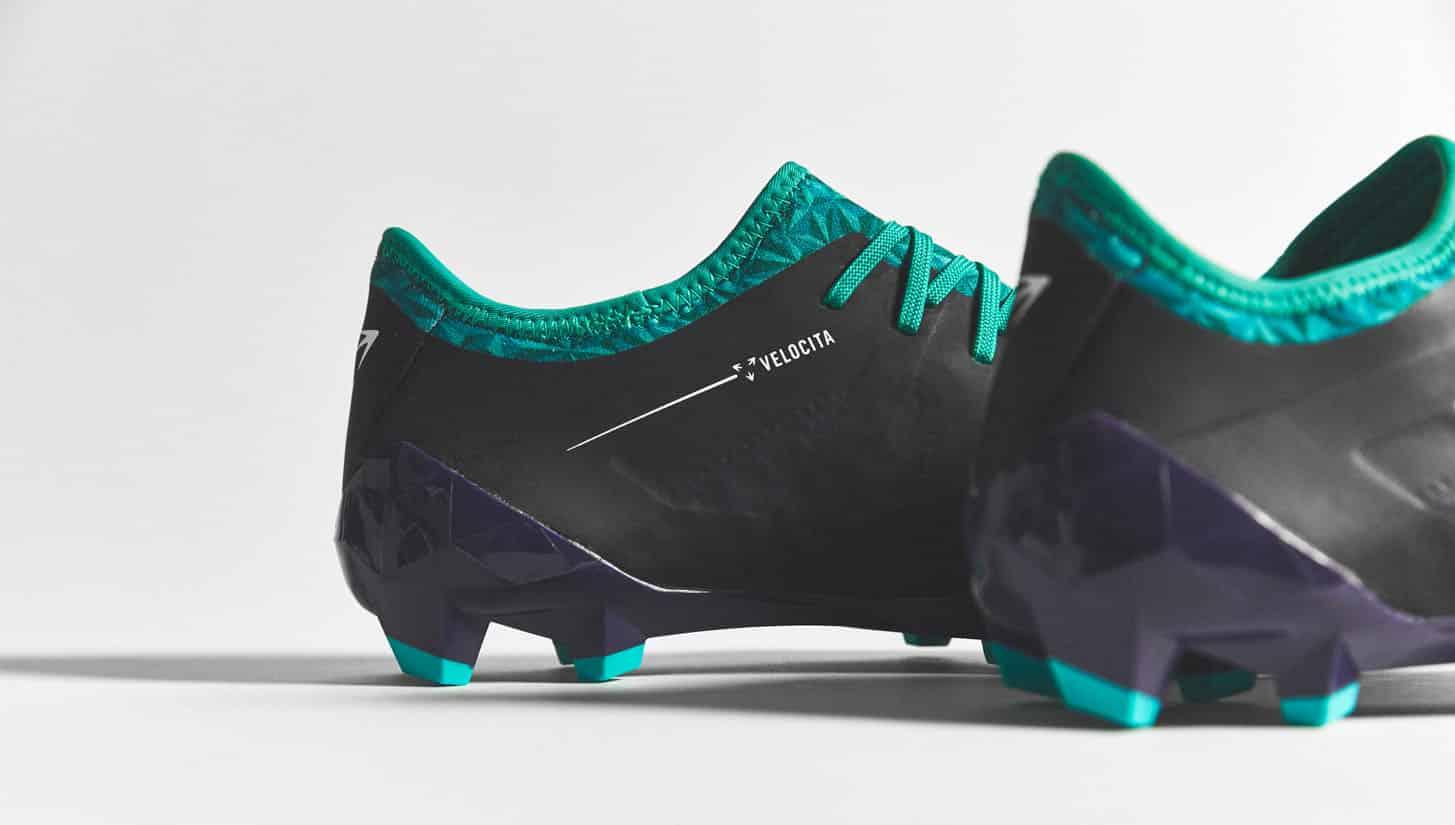 chaussures-football-umbro-velocita-3-astral-aura-img7