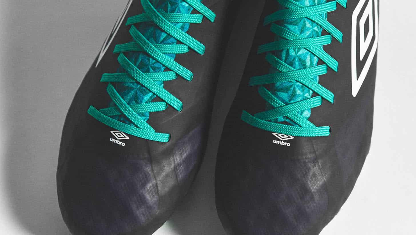 chaussures-football-umbro-velocita-3-astral-aura-img8