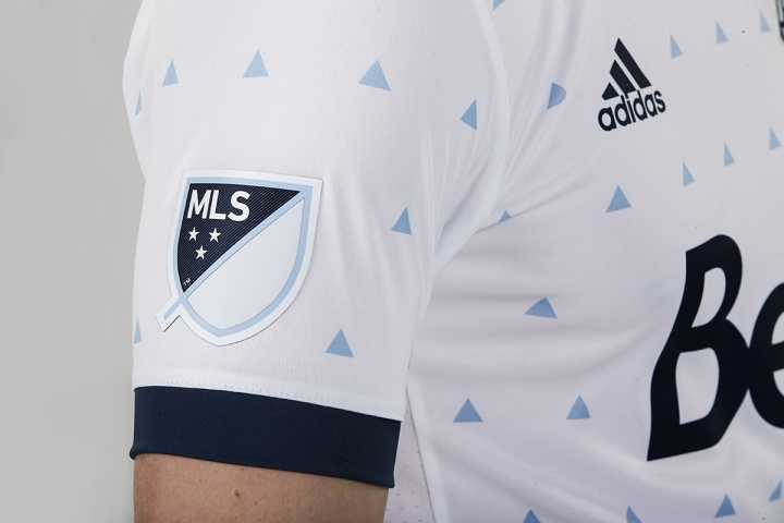 maillot-vancouver-whitecaps-domicile-mls-2017-adidas-manches