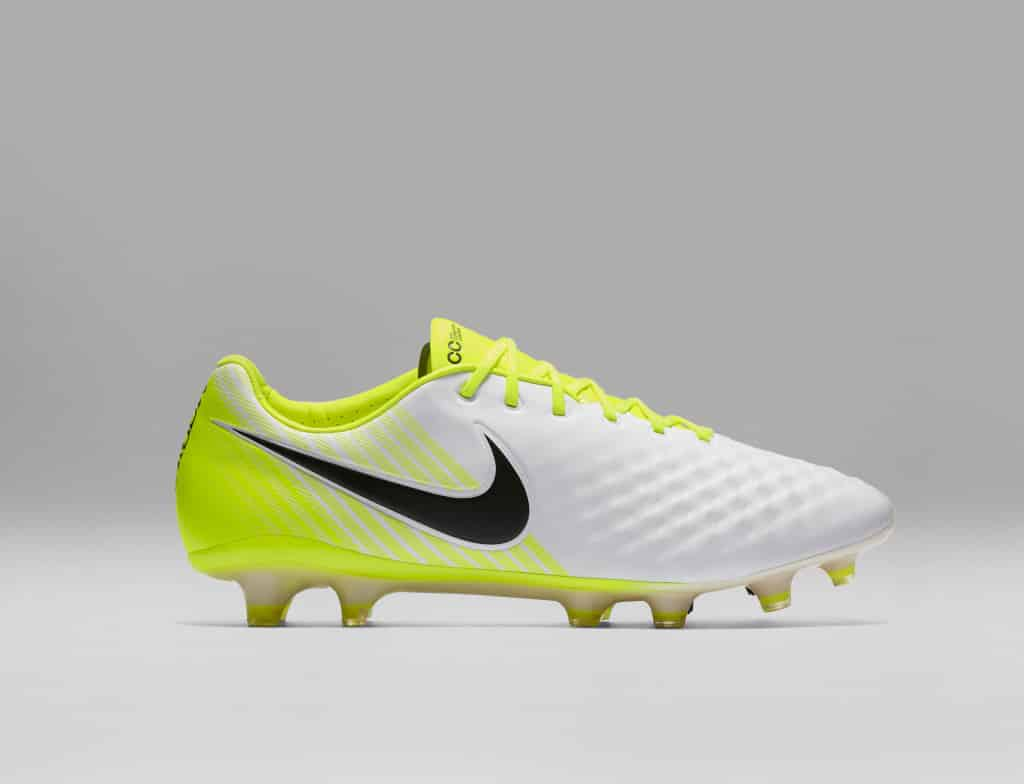 chaussure-football-nike-magista-opus-2-nouvelle-empeigne-2