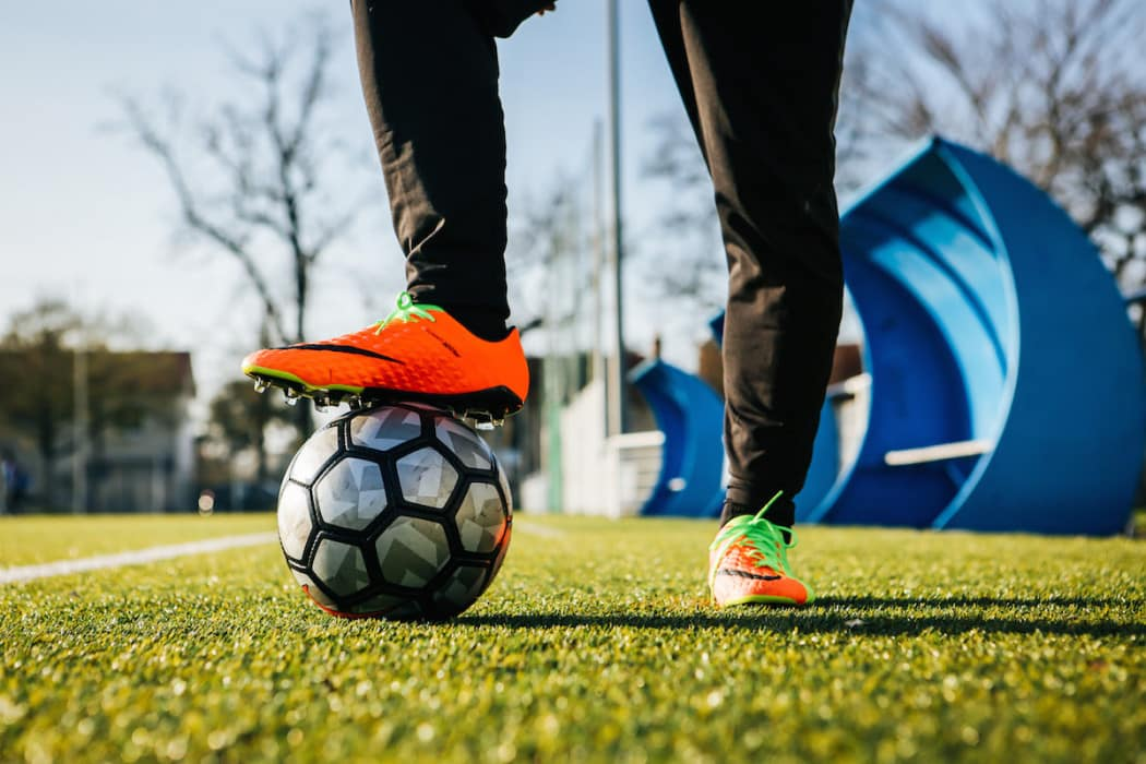 http://www.footpack.fr/wp-content/uploads/2017/03/chaussures-football-Nike-Hypervenom-Phantom-3-img7-1050x700.jpg