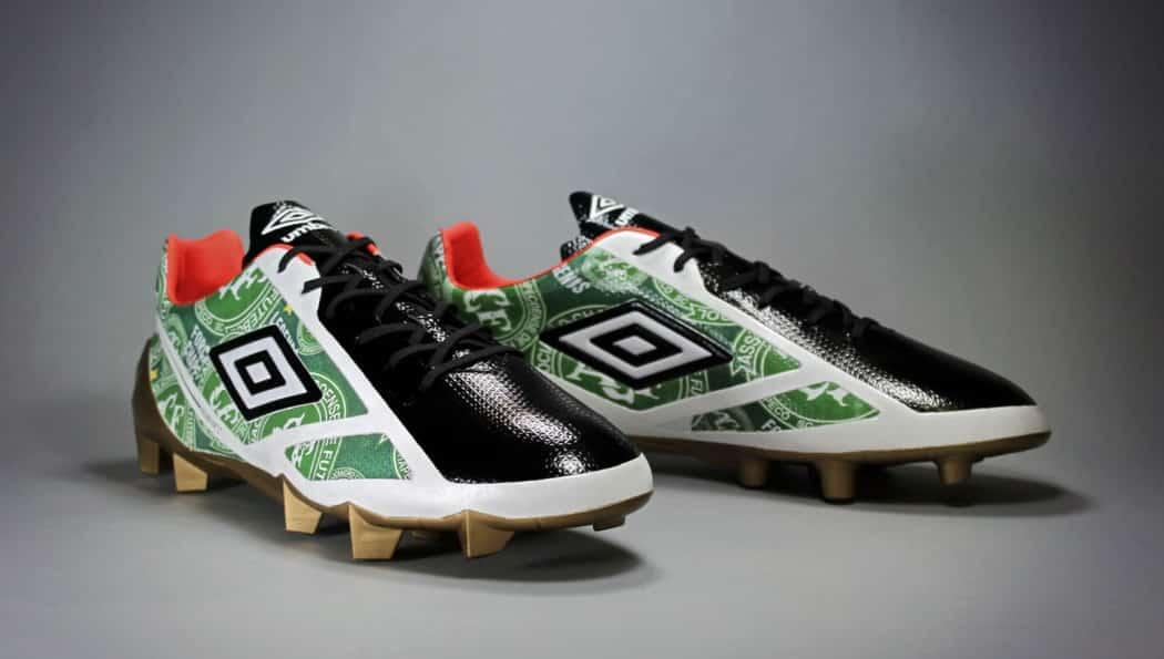 http://www.footpack.fr/wp-content/uploads/2017/03/chaussures-football-umbro-velocita-chapecoense-img2-1050x595.jpg