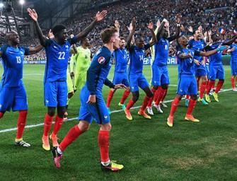 Les chaussures de 24 Bleus sélectionnés contre l'Espagne et le Luxembourg