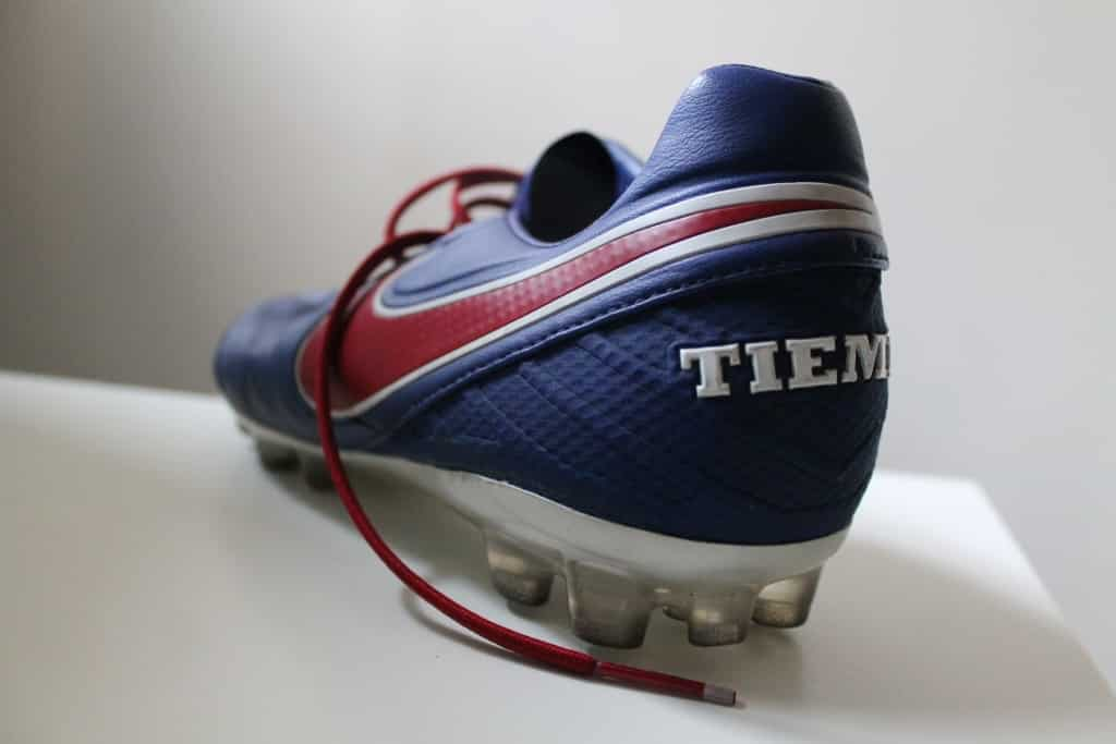 http://www.footpack.fr/wp-content/uploads/2017/03/test-chaussures-football-Nike-tiempo-legend-6-un-an-après-img3-1024x683.jpg
