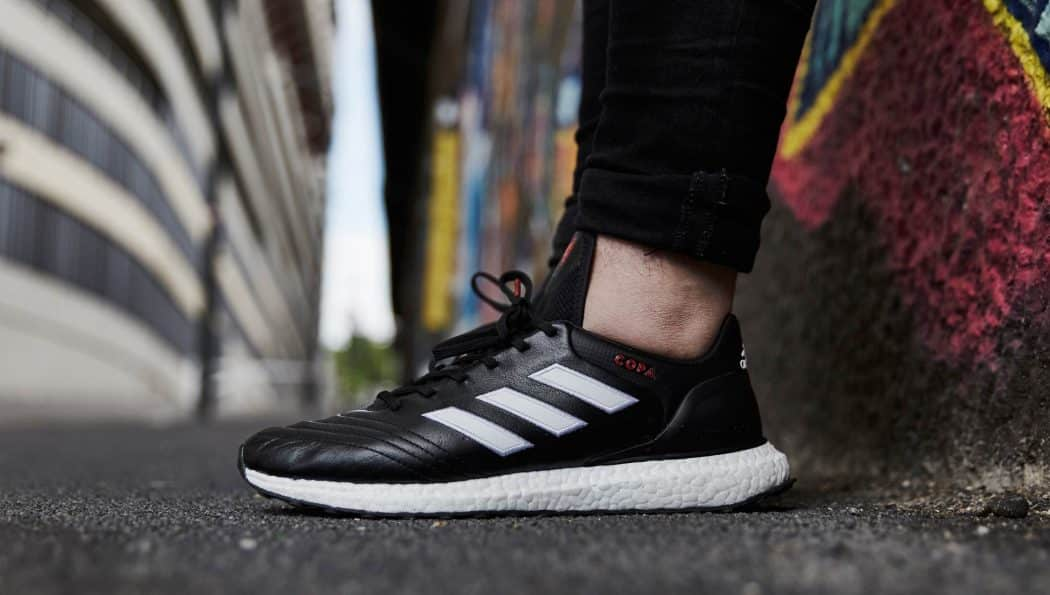http://www.footpack.fr/wp-content/uploads/2017/04/chaussure-lifestyle-adidas-copa-17-ultraboost-img4-1050x595.jpg