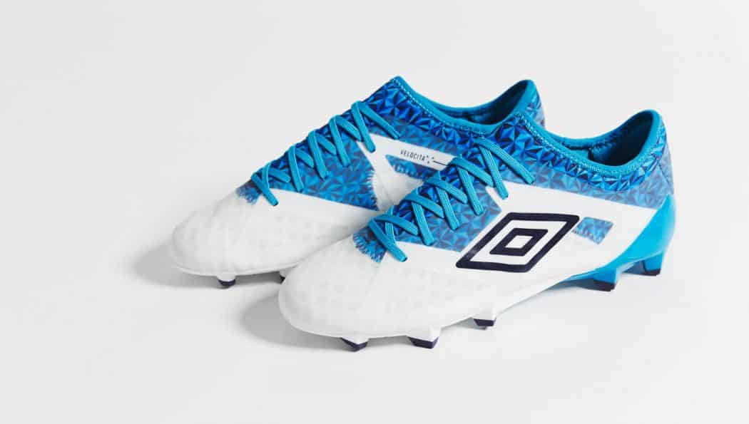 http://www.footpack.fr/wp-content/uploads/2017/04/chaussures-football-umbro-velocita-3-blue-diva-img3-1050x595.jpg