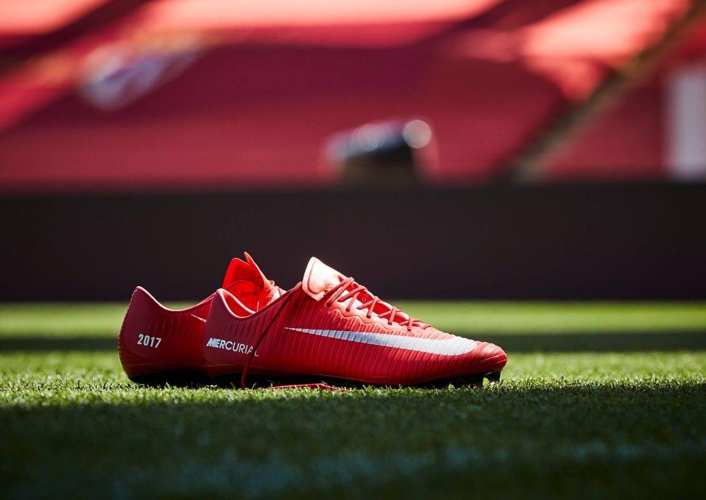 chaussure-football-nike-ID-mercurial-as-monaco-champion-de-france