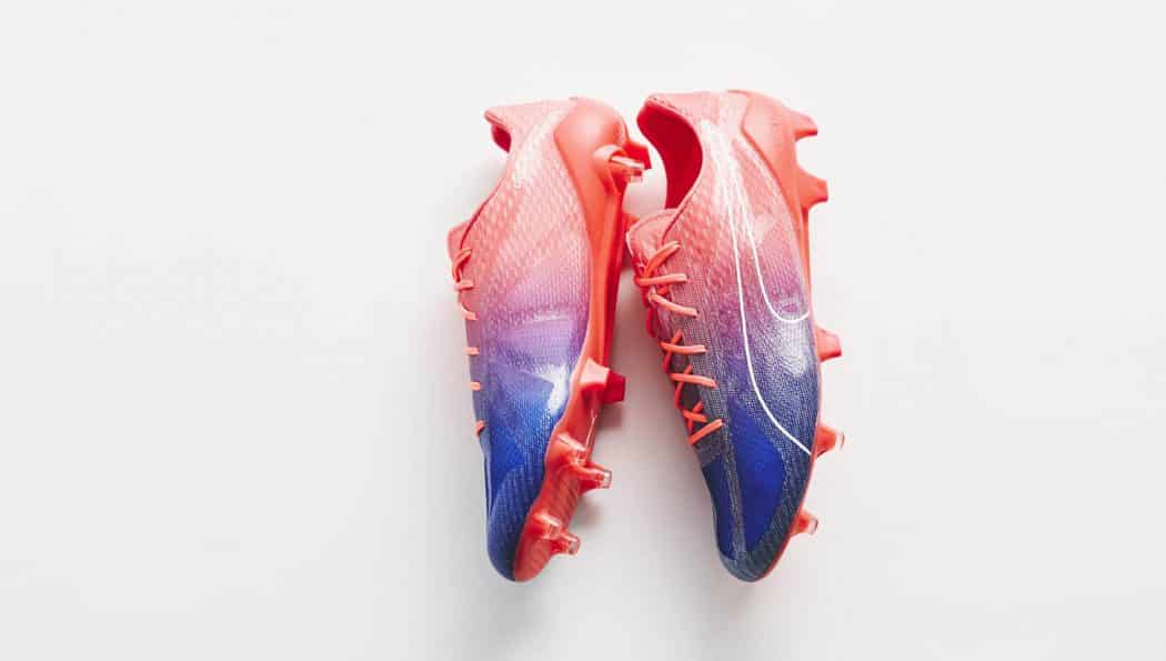 http://www.footpack.fr/wp-content/uploads/2017/05/chaussure-football-puma-evospeed-fresh-bleu-rose-img8-1050x595.jpg