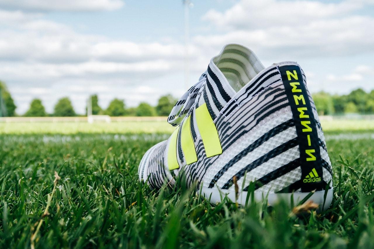 Chaussure Adidas Messi Sans Crampons Adidas wOnPk0