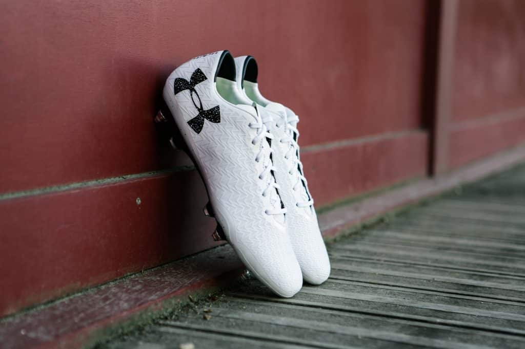 test-chaussure-football-under-armour-clutchfit-2-min