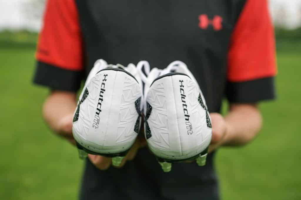 test-chaussure-football-under-armour-clutchfit-7-min