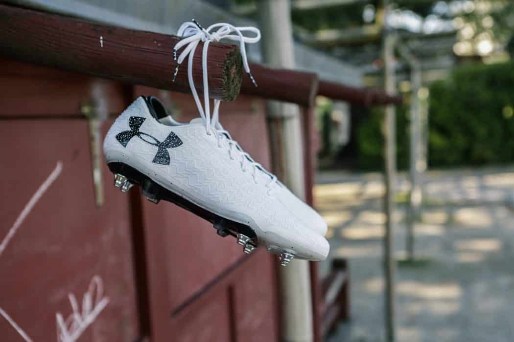 http://www.footpack.fr/wp-content/uploads/2017/05/test-chaussure-football-under-armour-clutchfit-min-1050x700.jpg