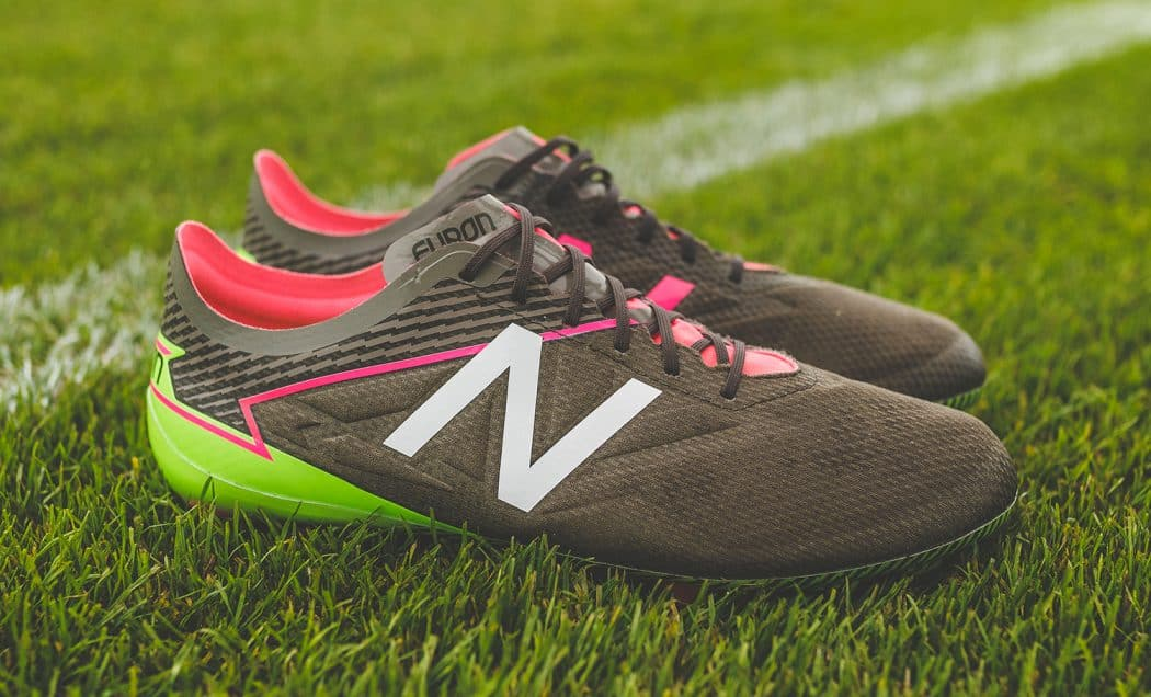 http://www.footpack.fr/wp-content/uploads/2017/07/chaussures-football-New-Balance-Furon-3-Military-Dark-img5-1050x636.jpg