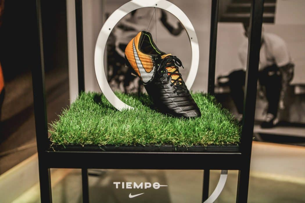 http://www.footpack.fr/wp-content/uploads/2017/07/chaussures-football-Nike-Tiempo-Legend-VII-img1-1050x700.jpg