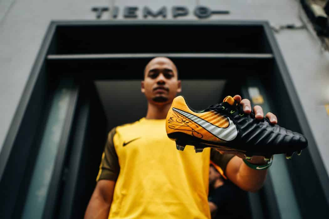 http://www.footpack.fr/wp-content/uploads/2017/07/chaussures-football-Nike-Tiempo-Legend-VII-img4-1050x700.jpg