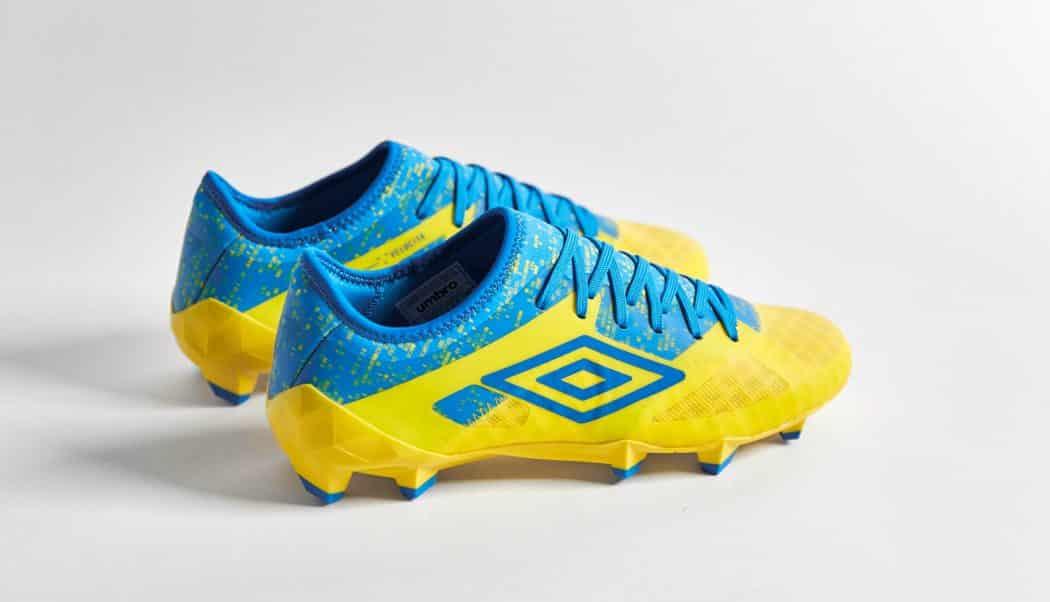 http://www.footpack.fr/wp-content/uploads/2017/08/chaussure-football-Umbro-Velocita-3-jaune-bleu-img3-1050x602.jpg