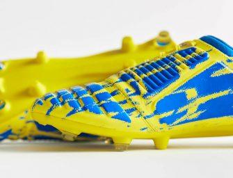 Le coloris jaune/bleu de l'Ux-Accuro d'Umbro est sorti