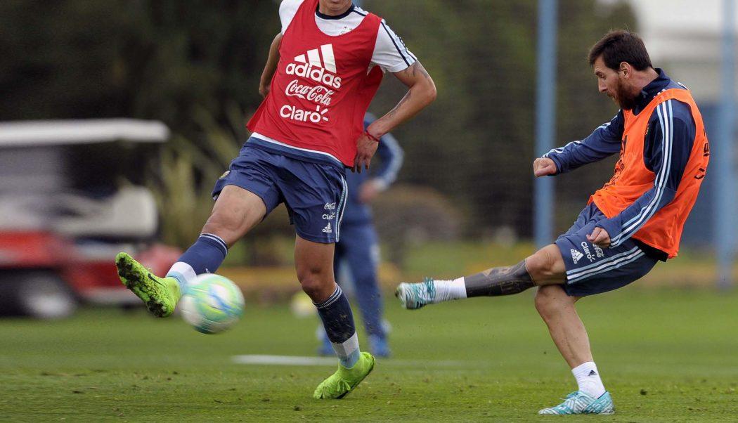 http://www.footpack.fr/wp-content/uploads/2017/08/chaussures-football-adidas-Nemeziz-17-Messi-Argentine-img1-1050x602.jpg