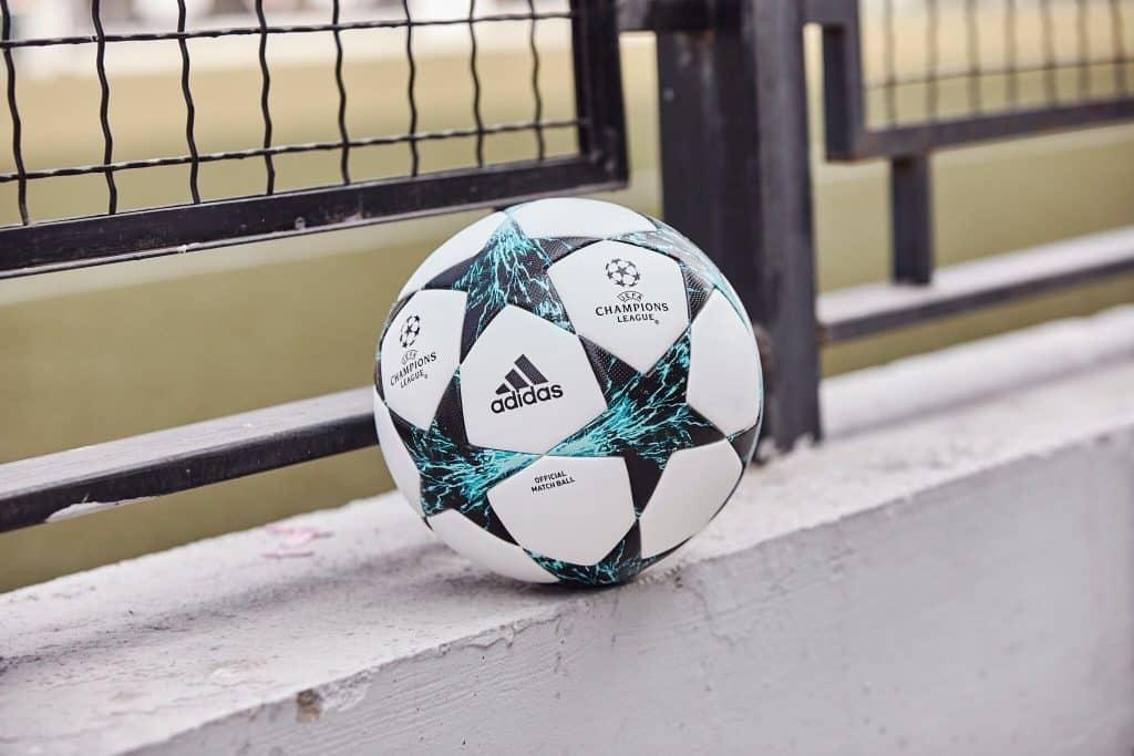 nouveau-ballon-ligue-des-champions-adidas-saison-2017-2018-kiev-ukraine-2