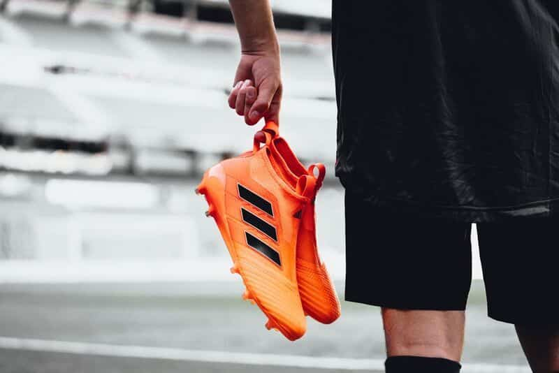 http://www.footpack.fr/wp-content/uploads/2017/09/chaussure-football-adidas-ACE17-pyro-storm-septembre-2017-3.jpg