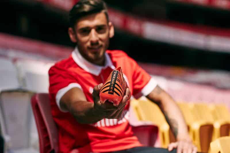 chaussure-football-adidas-nemeziz-pyro-storm-septembre-2017-4