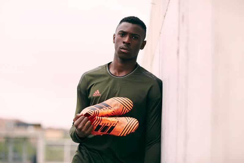 chaussure-football-adidas-nemeziz-pyro-storm-septembre-2017