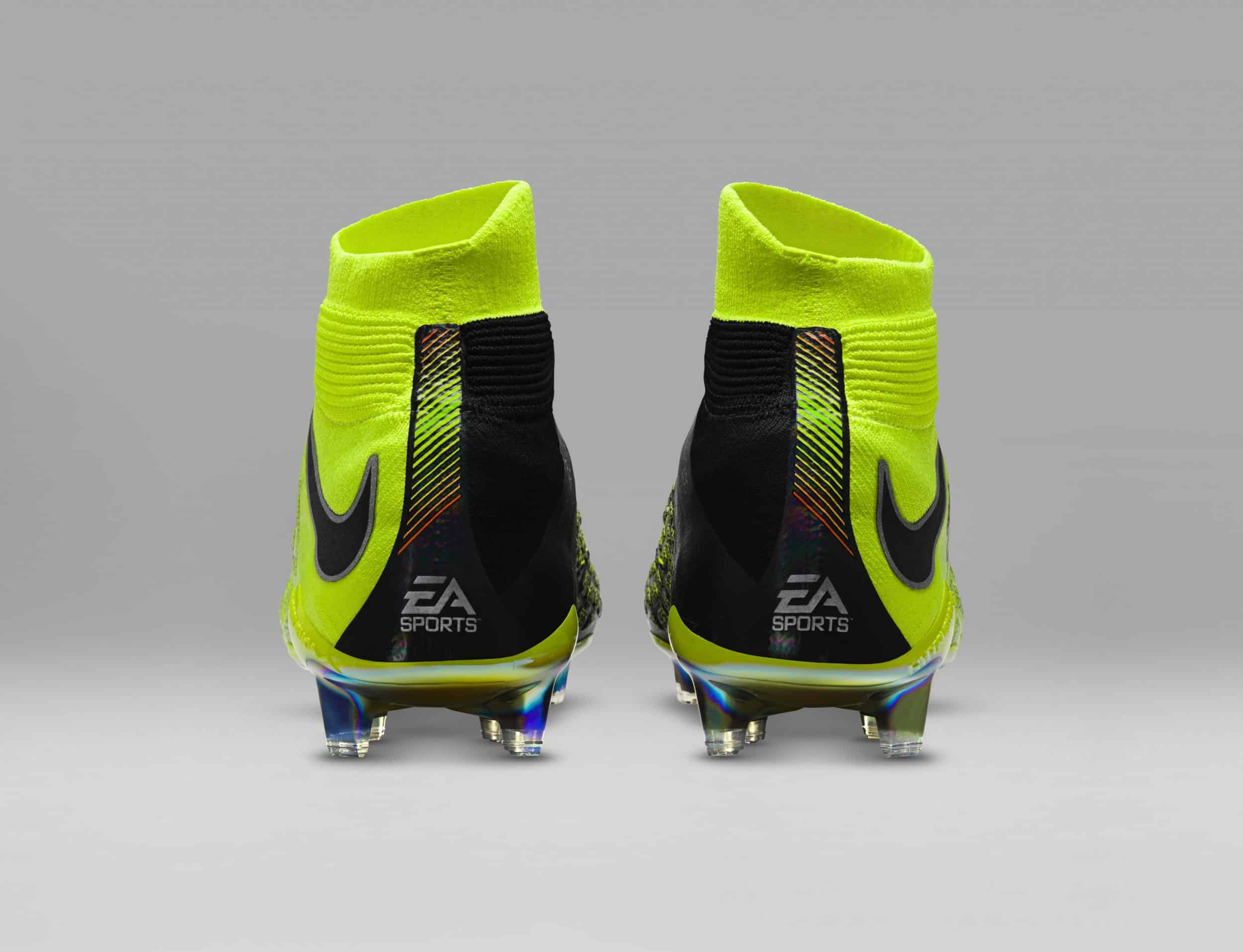 chaussure-football-nike-hypervenom-3-DF-ea-sports-fifa18-cavani-4