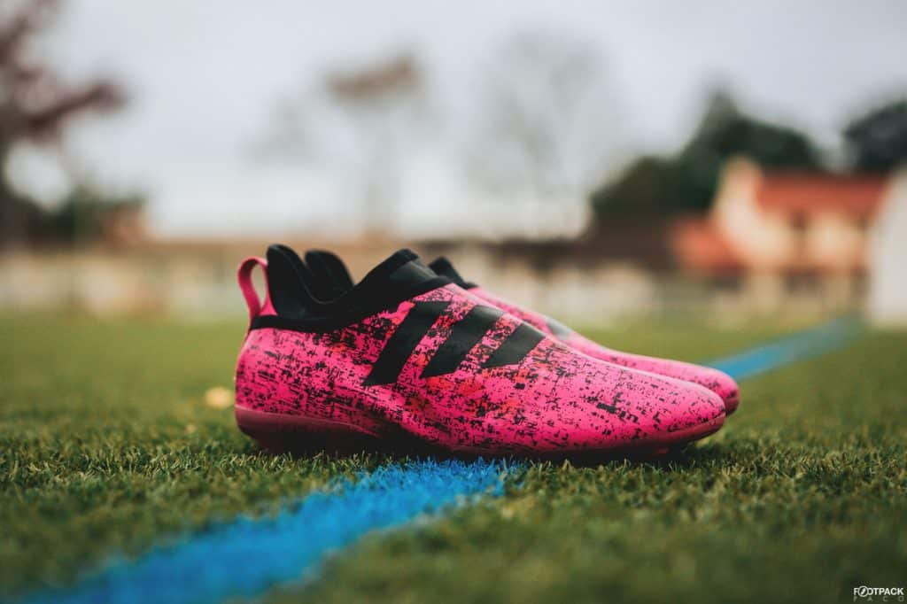 chaussure-football-adidas-glitch-hacked-collection-rose-octobre-2017