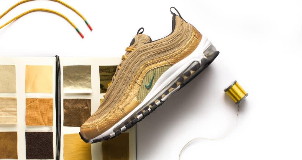 chaussure-sneakers-nike-football-air-max-CR7-1997