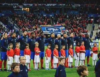 AU STADE – FRANCE/PAYS DE GALLES (Stade de France)