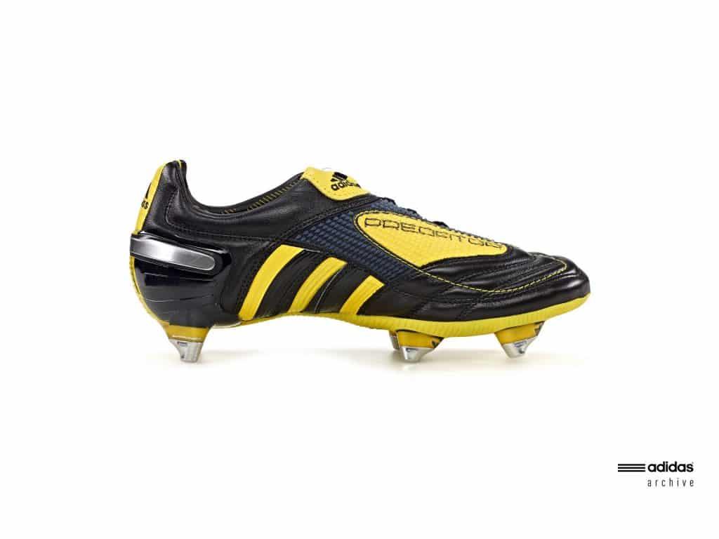 chaussure-football-adidas-predator-X-2010