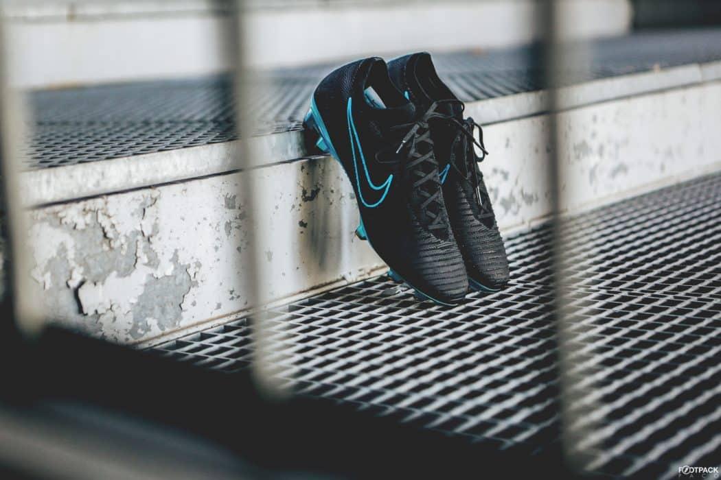 http://www.footpack.fr/wp-content/uploads/2017/11/chaussure-football-nike-mercurial-vapor-flyknit-novembre-2017-1050x700.jpg