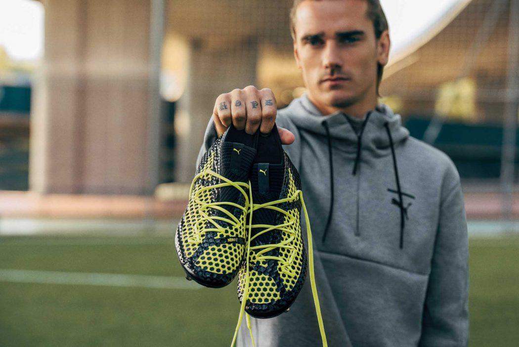 http://www.footpack.fr/wp-content/uploads/2017/11/chaussures-football-puma-future-18-netfit-noir-jaune-img1-1050x702.jpg