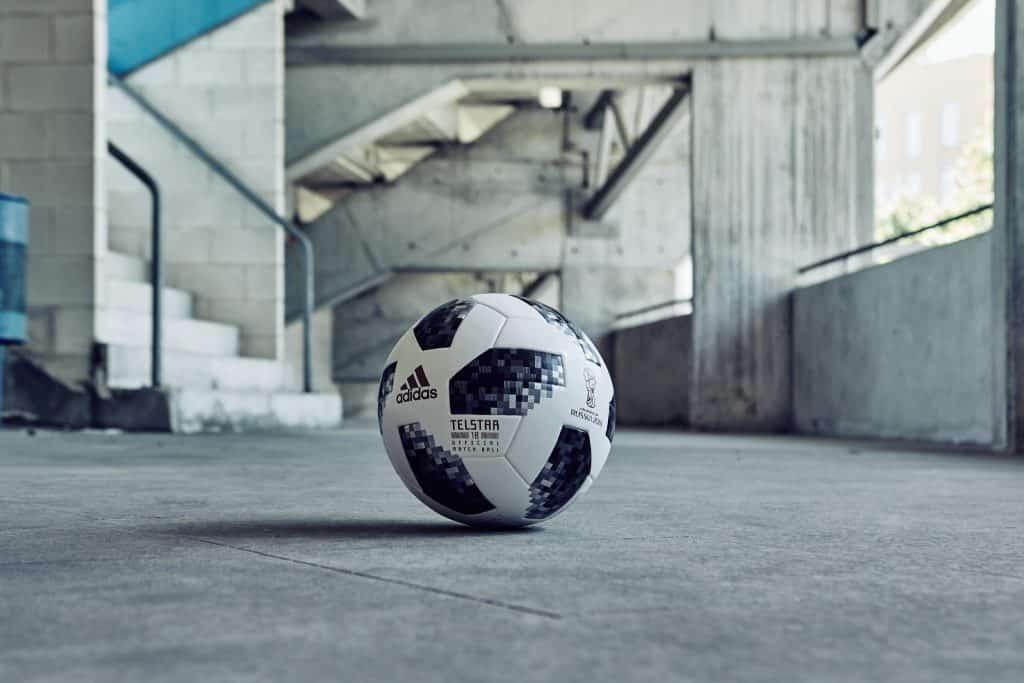 nouveau-ballon-coupe-du-monde-2018-adidas-telstar-3