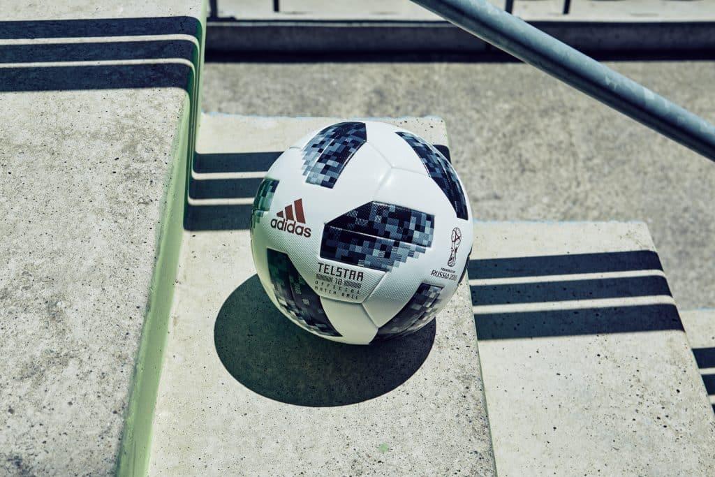 Adidas d voile le ballon officiel de la coupe du monde 2018 en russie - Ballon de la coupe du monde 2014 ...