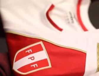Le Pérou dévoile ses tenues pour la Coupe du Monde 2018