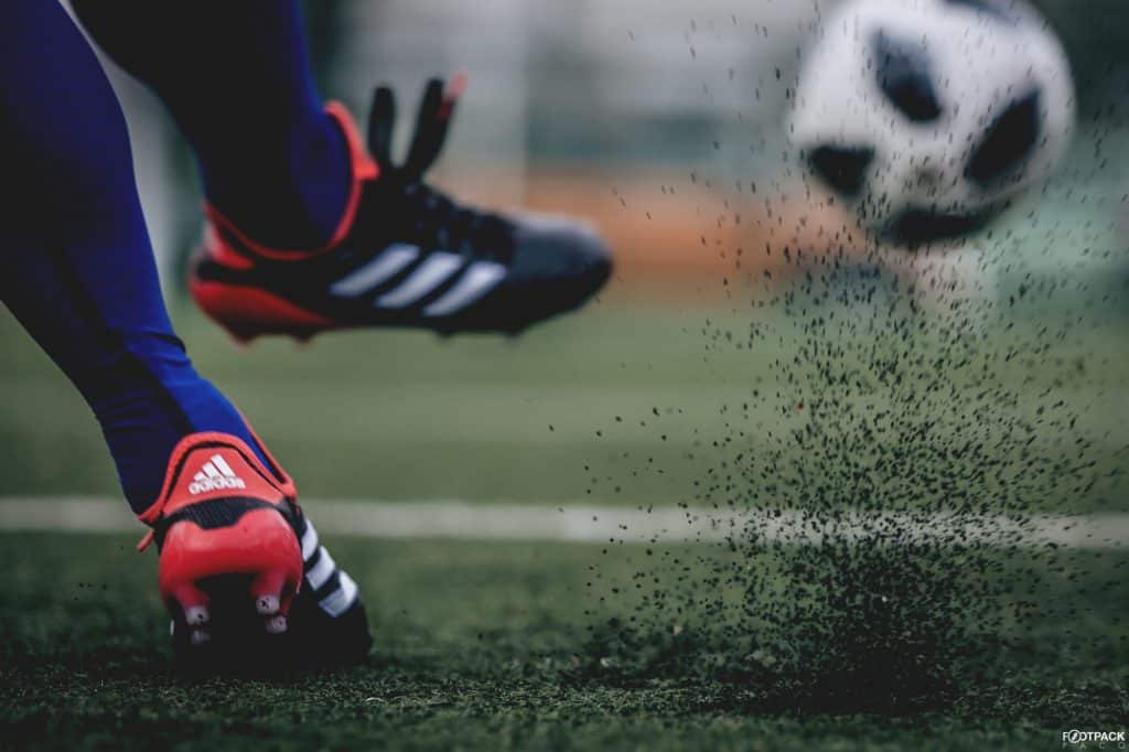 chaussure-football-adidas-copa18-cold-blooded-8