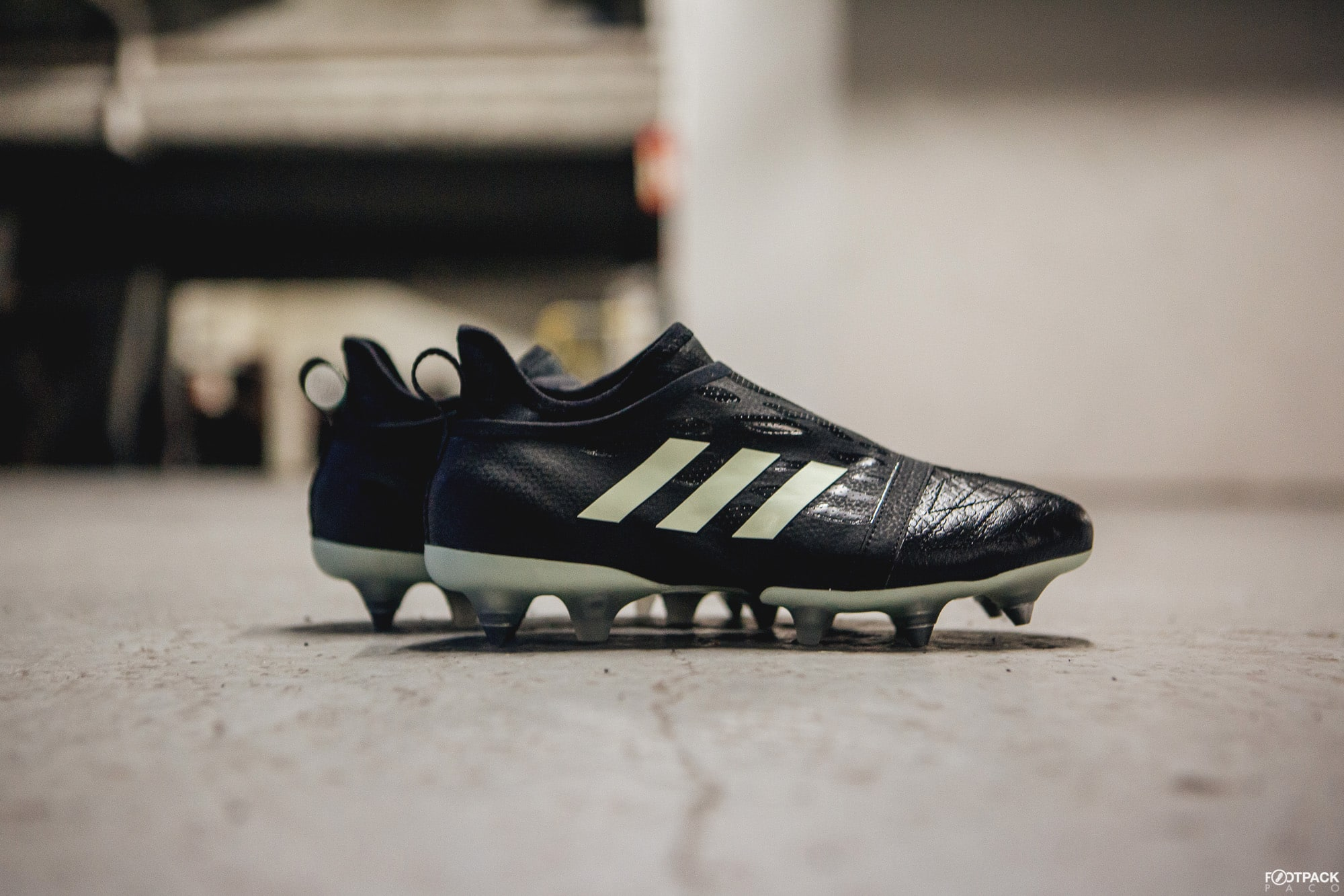 chaussure-football-adidas-football-glitch-noctornal-janvier-2018-5