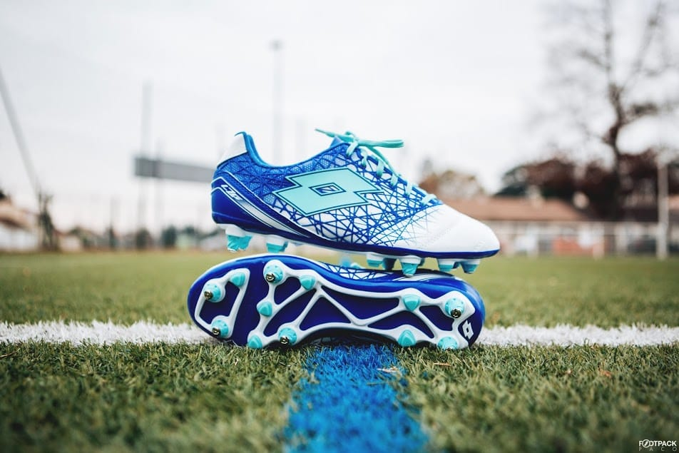 http://www.footpack.fr/wp-content/uploads/2018/01/chaussures-football-Lotto-Zhero-Gravity-IX-img9.jpg