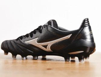 Un nouveau coloris pour la Morelia Neo « Made In Japan » Black/Silver